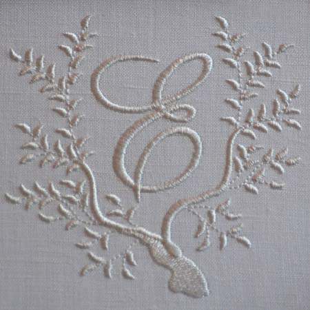 Lindsay T Sews: Monograms: Designing and Hand Embroidering